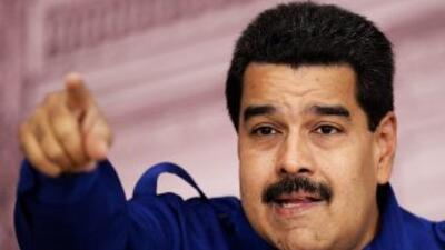 Maduro rinde honores musicales a Hugo Chávez