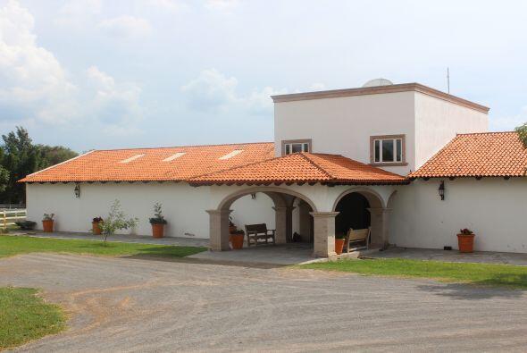 Vista de el establo donde se encuentran algunos de los caballos de Vicente.