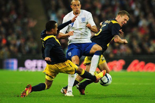 Los suecos, antes que igualar, querían evitar más goles de los ingleses.