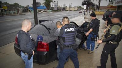 Imágenes de los operativos de ICE que han generado la angustia de inmigrantes