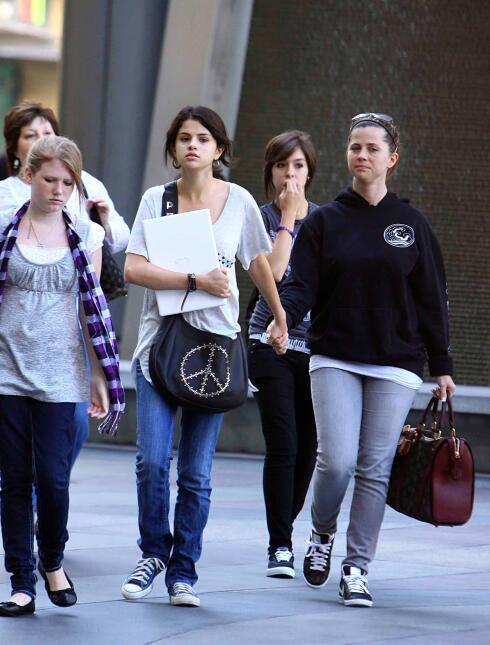 Se han filtrado además comentarios de familiares de Selena expresando su...