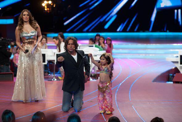 Desde el show número 1, Arath se animó a participar en el escenario junt...