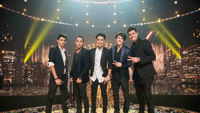 Grupo de chicos de la primera temporada de La Banda