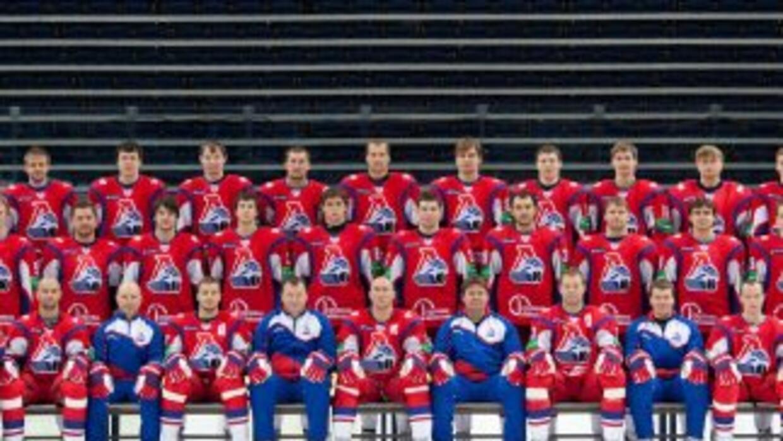 El equipo de hockey ruso, Lokomotiv, se encontraba en un avión que chocó...