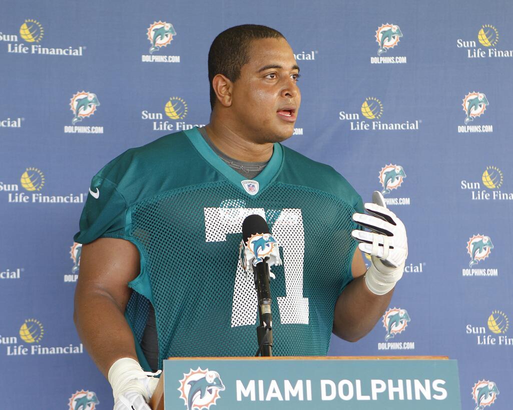 En fotos: Conoce al exjugador de la NFL que amenazó con tirotear una pre...