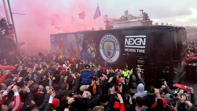 Un tenso ambiente recibió al Manchester City en Anfield para el juego de Champions League