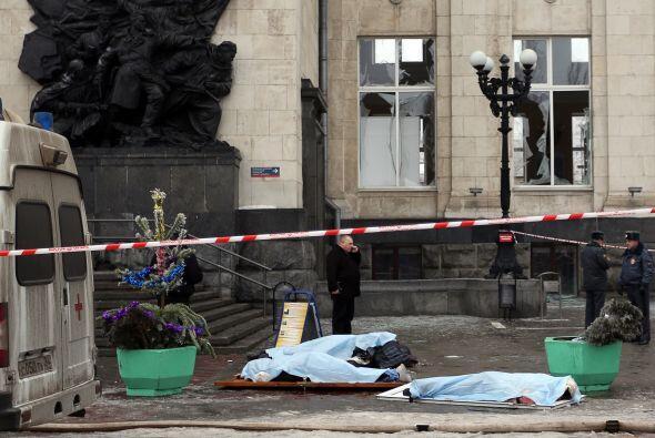 La explosión estalló las ventanas del edificio de la estación.