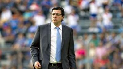 Luis Fernando Tena salió molesto tras el juego de La Máquina ante Veracruz.