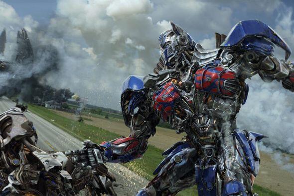 """Y el primer lugar se lo llevó """"Transformers: Age of Extinction"""", cuarta..."""
