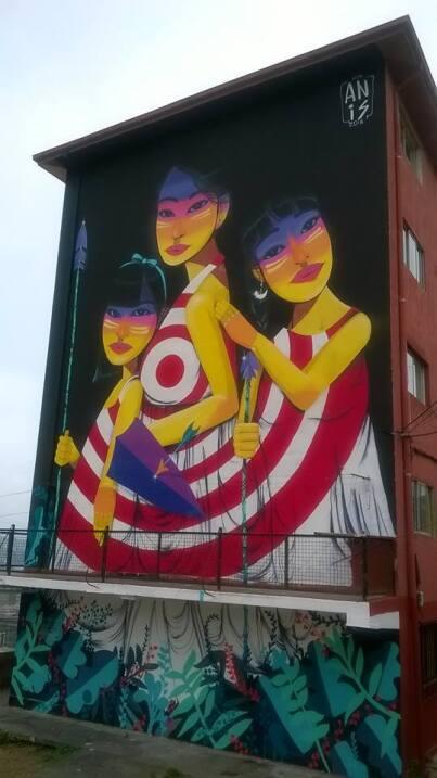 Muralistas chilenas se organizan para tomarse las calles 12654643_783799...