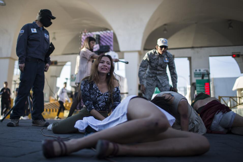 """""""Justicia por #MaraCastilla"""": los mexicanos protestan en cinco estados p..."""