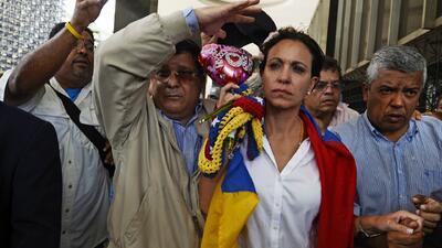 Maria Corina Machado fue impedida entrar a la asamblea nacional