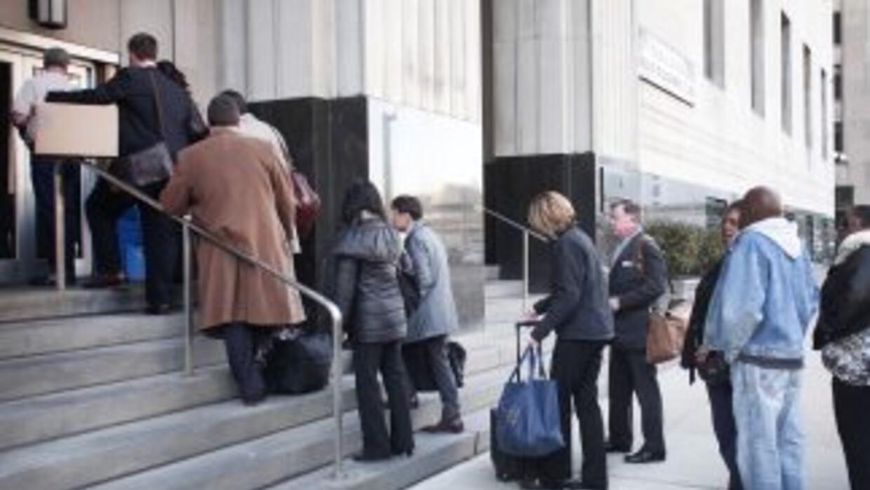 Las condiciones del mercado laboral han mejorado lentamente en EEUU.