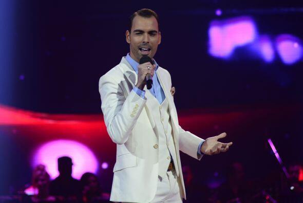 """El cubano eligió """"Me gusta"""" para cantar frente al jurado, incluyendo a L..."""
