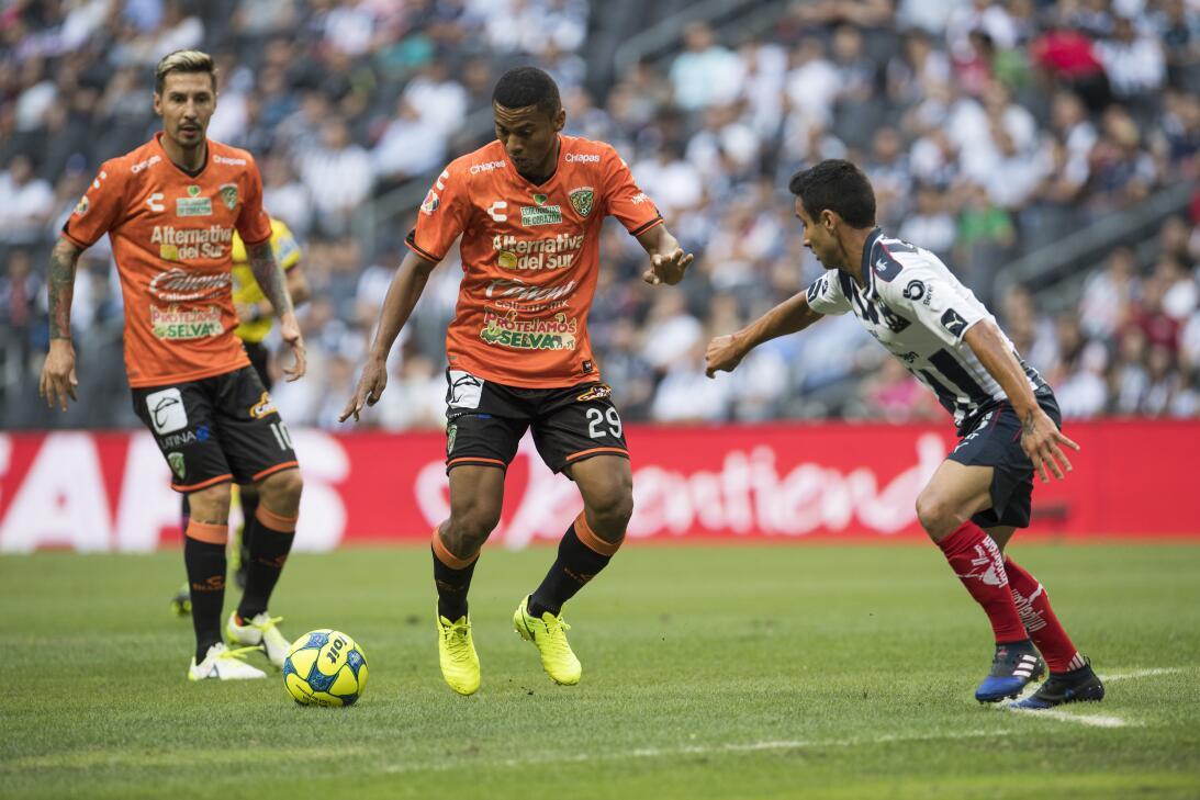 Monterrey es líder provisional tras golear a Chiapas Vanderley Dias de J...
