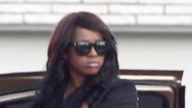 Bobbi Kristina, la hija de la fallecida cantante Whitney Houston, está m...