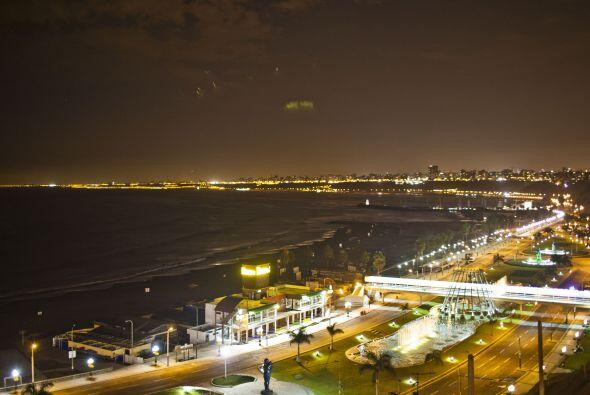 """La bahía de """"Costa Verde"""" en Perú fue cerrada siguiendo la..."""