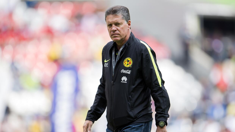 El director deportivo de América pide apoyo para el nuevo técnico del Tri.