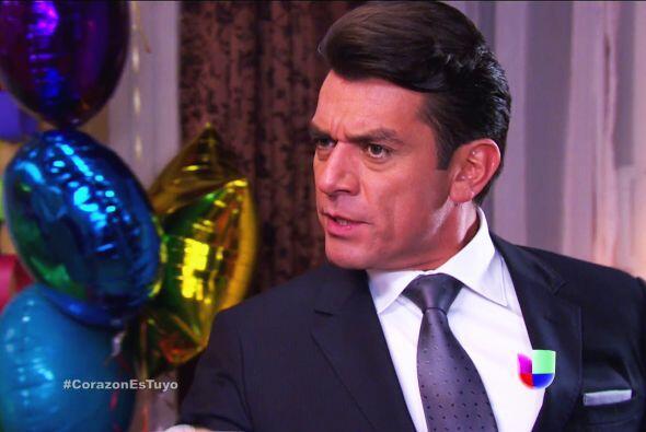 Sí, estás en toda la razón Fernando, Ana es la culpable de todo. ¡Les ay...