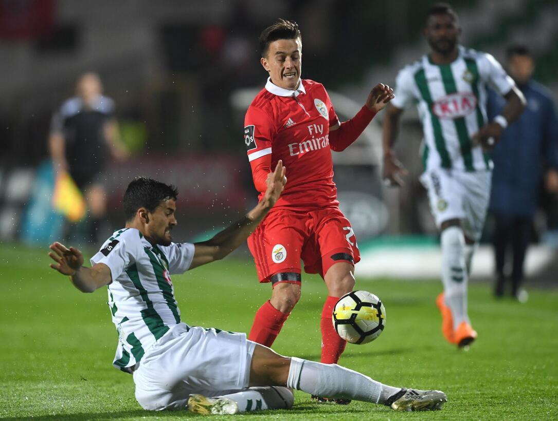 En fotos: Doblete de Raúl Jiménez le da los tres puntos al Benfica getty...