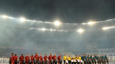 Tras un accidentado primer tiempo, Liverpool y Real Madrid empatan sin goles en Kiev