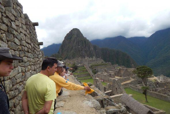 Nuestro querido Jose se fue de aventurero a unas deliciosas vacaciones p...