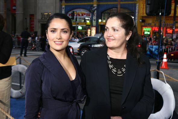Sami Hayek Domínguez, empresario de origen libanés, y la cantante de ópe...