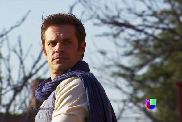 Mateo ya ve con ojos llenos de amor a Abigail y dudamos que puedas hacer...