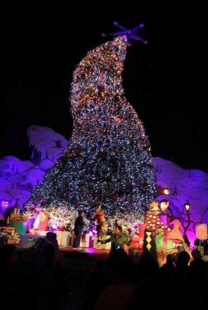 Te compartimos las estampas del gran árbol de navidad de los 'Qui...
