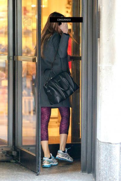 La colombiana iba entrando a la tienda Bergdorf Goodman ubicada en la Qu...