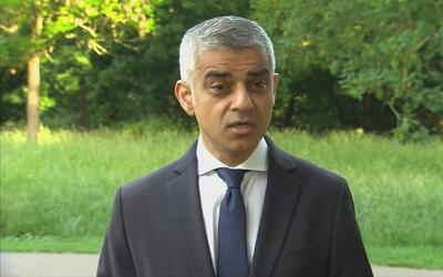 """Sadiq Khan, alcalde de Londres: """"Nunca los dejaremos ganar"""""""