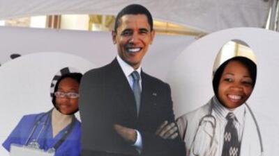 El plan de salud de Barack Obama alcanzó su meta de 7.1 millones de insc...