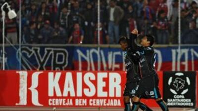 """La escuadra """"chulla"""" se impuso con tantos de Calderón (41 minutos) y Nie..."""