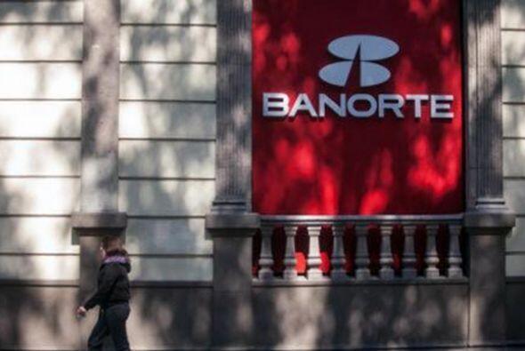 7.- Banorte tiene un valor de 1,942 millones de dólares. (Imagen...