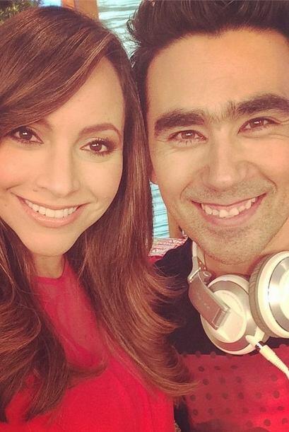 """""""¡Ni nuestro DJ se salva de la fiebre de #embarazos en @despiertaamerica..."""