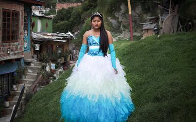 Brenda Lizeth Correa fue una de las quinceañeras retratadas. Su familia...