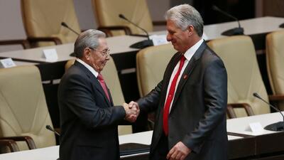 Díaz-Canel asume la Presidencia de Cuba y rompe con la hegemonía del apellido Castro