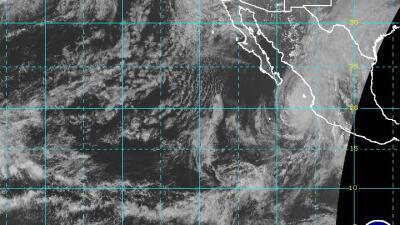 El huracán Willa baja a categoría 4 en su camino a México con vientos de 155 millas por hora