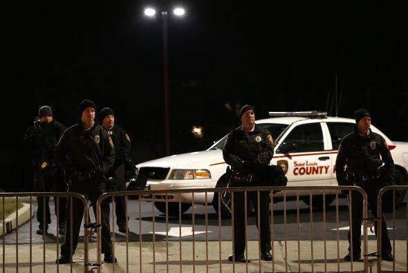 El gobernador de Missouri desplegó un fuerte operativo para evitar daños...