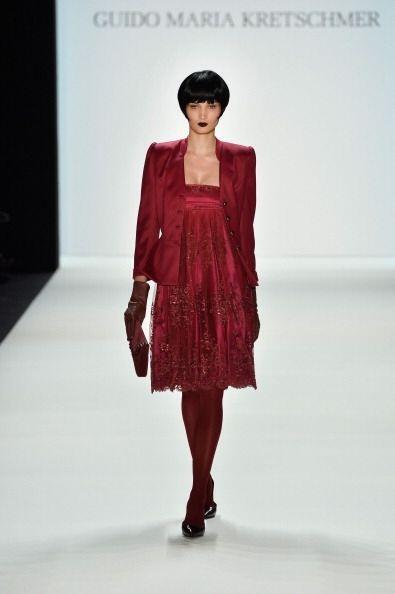 La moda metalizada de la colección otoño/invierno 2014 de Guido Maria Kr...