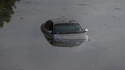 Qué hacer cuando se inunda tu automóvil