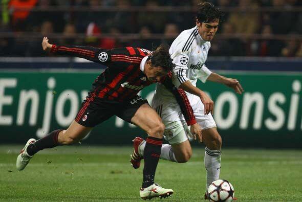 El Real Madrid le devolvió la visita al Milan en la Champions, en busca...