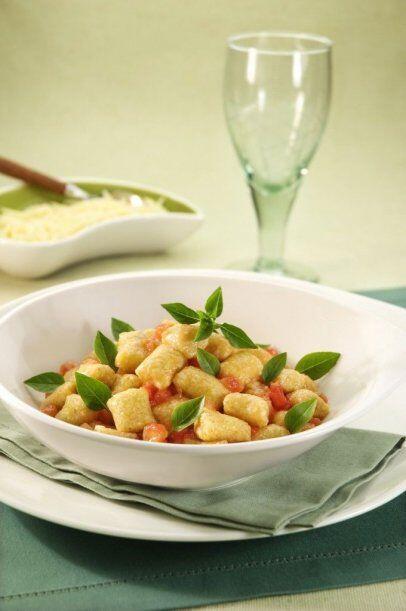 'oquis de Mandioca o Batata con Avena Sabroso plato para que toda la fa...