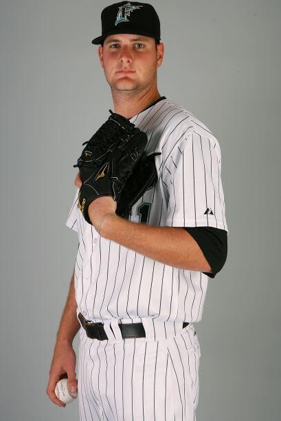 Chris Volstad ocupa el número 41 de los Marlins y es uno de los pitchers...