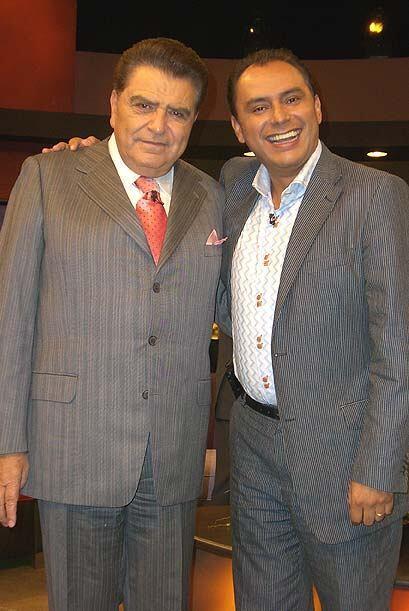 El pastor colombiano José Ordoñez también lleva buen humor al programa.