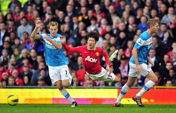 La primera mitad no contó con muchas situaciones de gol.