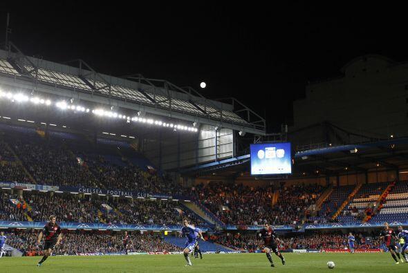 Estadio: Stamford Bridge (41.800 espectadores).  Árbitro: Felix Brych (A...