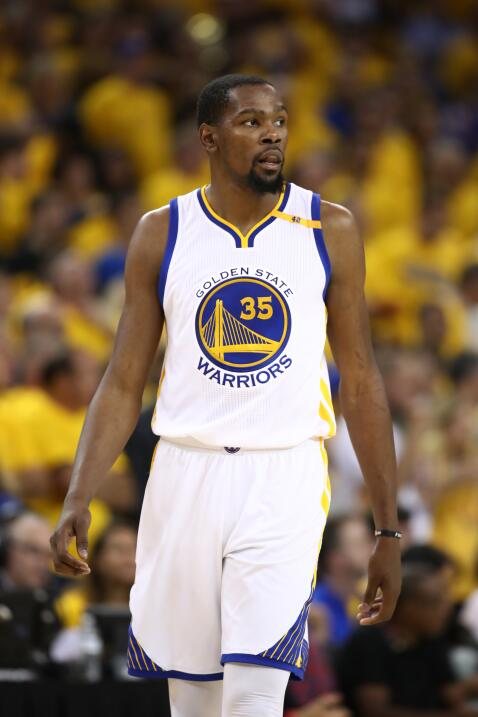 3- Kevin Durant, número 35, Golden State Warriors  Estadísticas 2016-201...