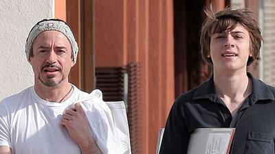 """El actor de """"Iron Man"""" con su hijo Indio hace un par de años."""