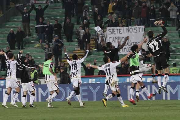 Udinese celebró en grande su triunfo ante un favorito venido a menos.